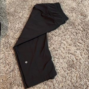 Cropped lululemon parachute pants